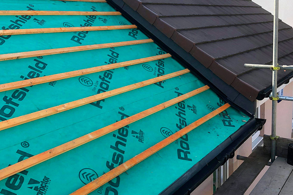 roofing-scaffolding-our services